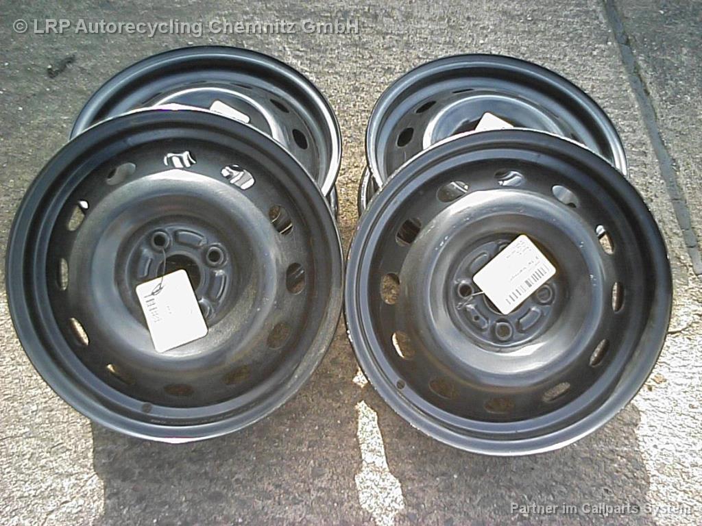 Nissan Micra K12 BJ 2011 Satz Stahlfelgen Felgen 5x15 ET50