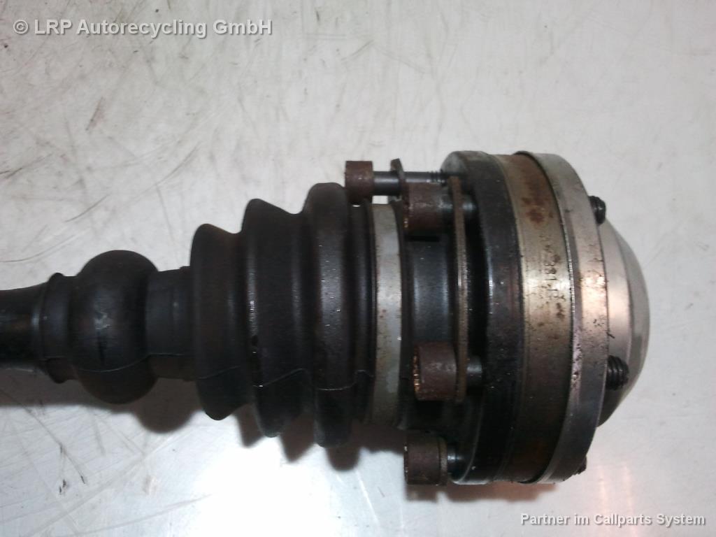 VW T5 Bj.2004 2,0 85KW Bj.2004 Gelenkwelle Antriebswelle vorn links 7H0407271E