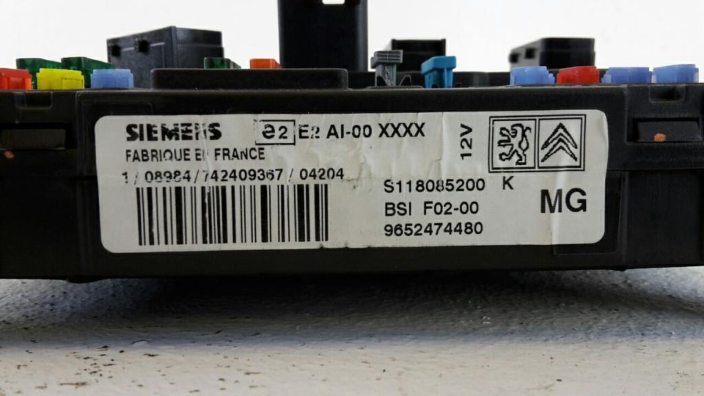 Citroen C2 Bj.04 orig. BSI Sicherungskasten Innenraum 9652474480 SIEMENS