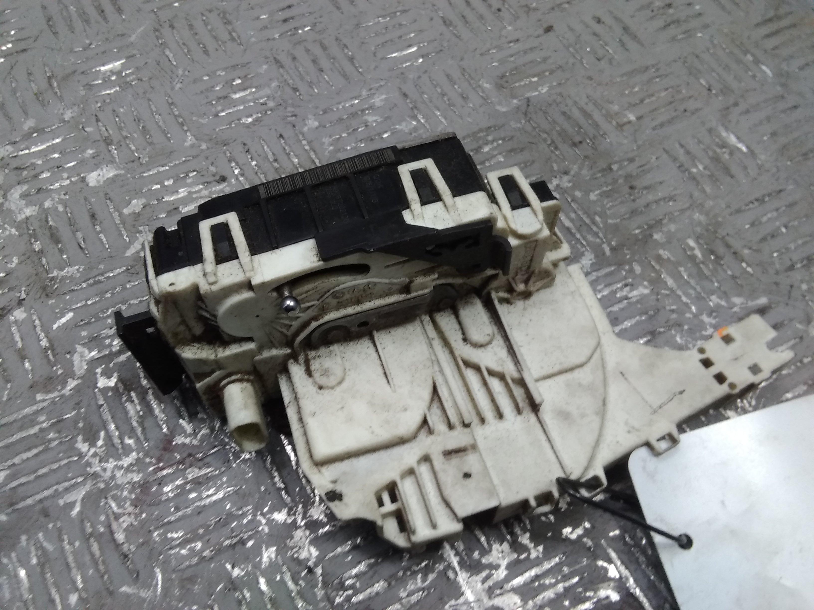 VW Crafter 2F Bj.2007 original Türschloss links 4-polig 2,5TDI 100KW *BJL* 6G Schalter