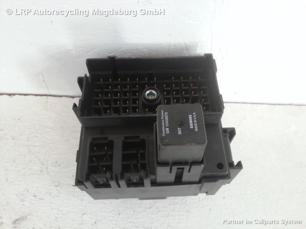 Chevrolet Tahoe GMT820 Sicherungskasten 15770992-01 5.3 V8 Vortec