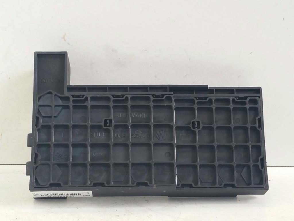VW T5 Caravelle Bj.05 original Sicherungsträger Motorraum 7H6970187B