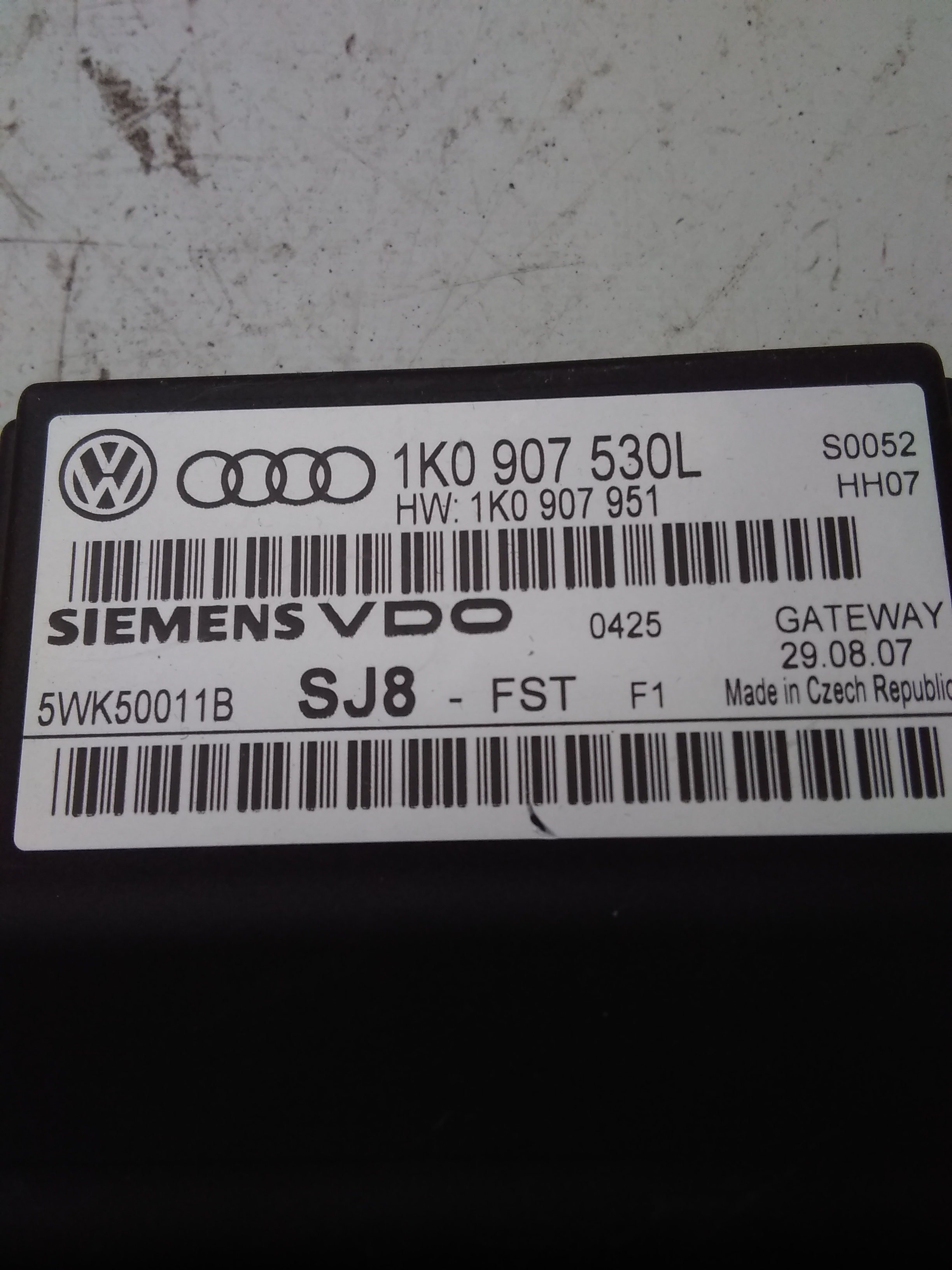 VW Touran 1T Gateway original BJ2008 1K0907530L
