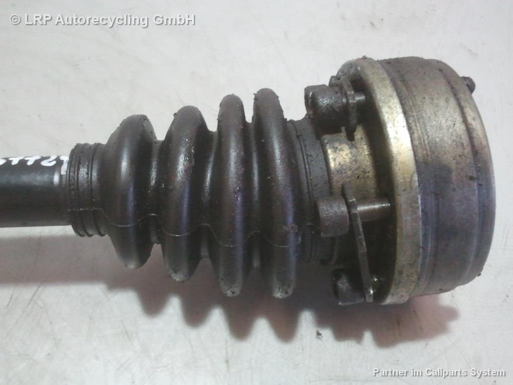 VW Scirocco 2 Bj.1986 original Gelenkwelle Antriebswelle links 1.6 81kw *EG*