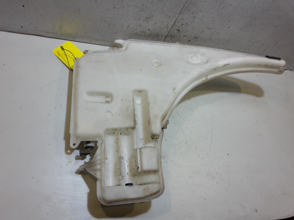 BMW E90 E91 BJ 2008 Waschbehälter Scheinwerferreinigung Wasserbehälter