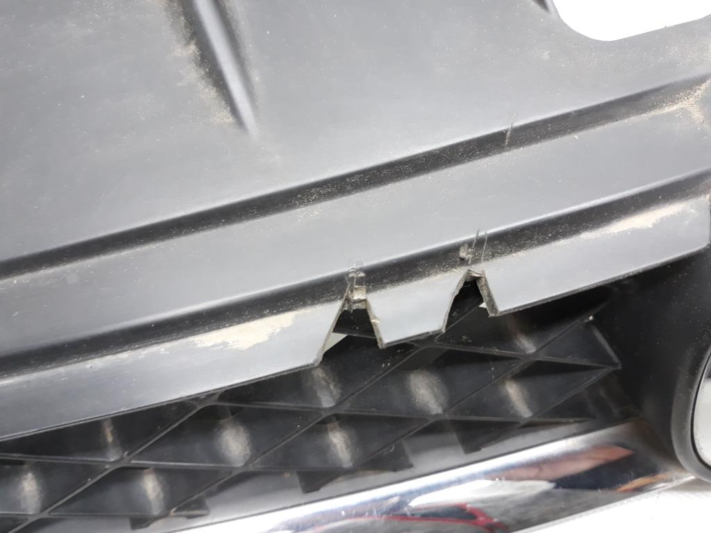 Mazda 5 CR Grill Kühlergrill original BJ2006 C23550711