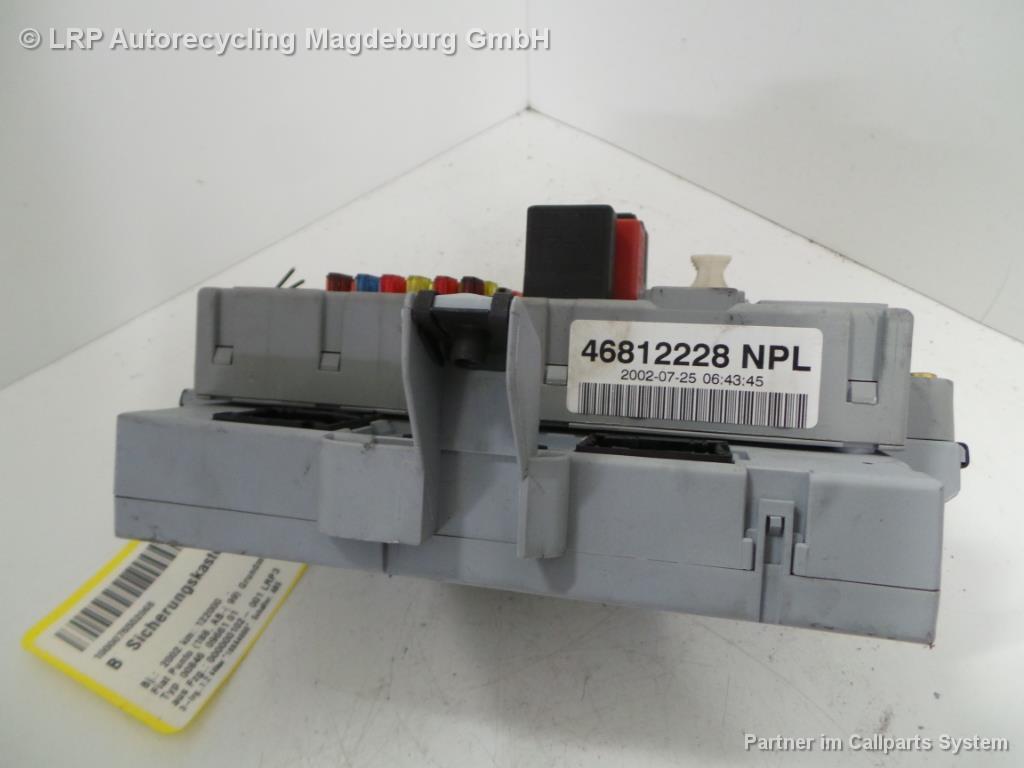 Fiat Punto 188 Bj.02 Sicherungskasten Sicherung Innenraum 46812228 NPL