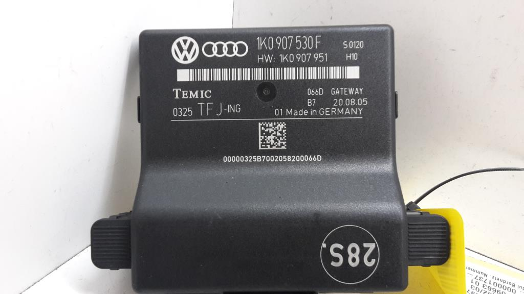 VW Touran 1T Bj.05 Gatewaymodul Bordnetz 1K0907530F TEMIC