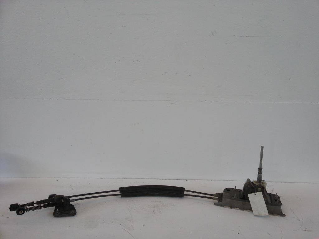 VW Passat CC Schaltgestänge Schaltbock Schaltung 3C0711049S 6-Gang
