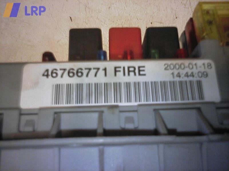 Fiat Punto 188 Bj.2000,Zentralelektrik 46766771,Sicherungskasten