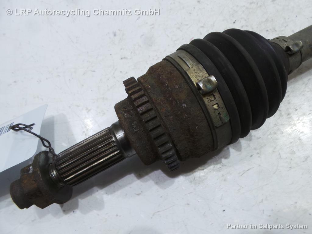 Suzuki Swift BJ 2006 Antriebswelle vorn links Gelenkwelle 1.3 68KW