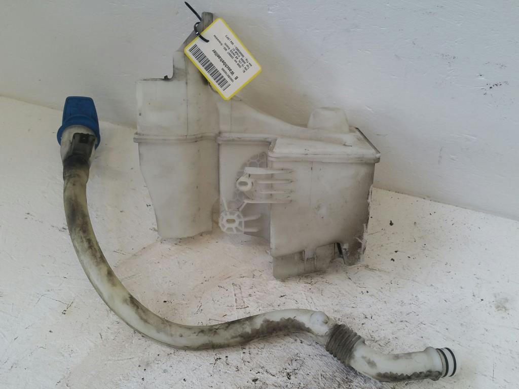 VW T5 7H Bj.2006 original Waschbehälter mit einer Pumpe
