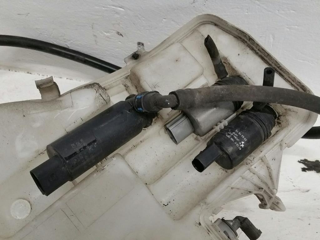 BMW E91 3er Bj.08 original Waschbehälter mit 3 Pumpen