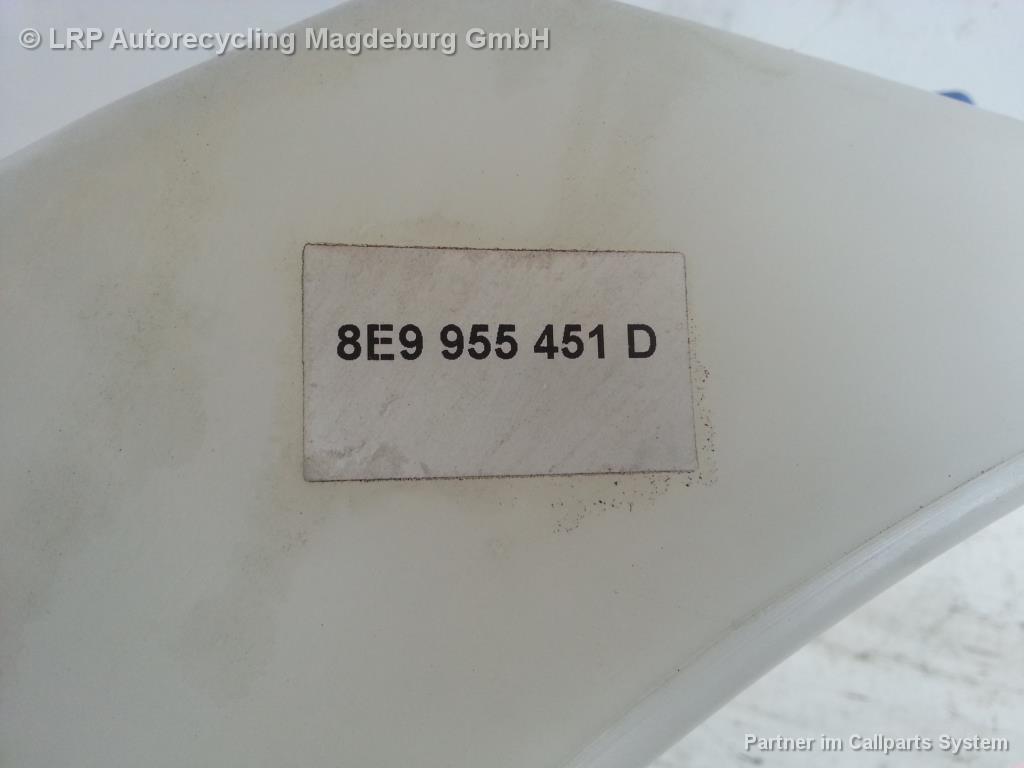 Audi A4 8E Avant Bj.02 Wischwasserbehälter Waschbehälter 8E9955451D