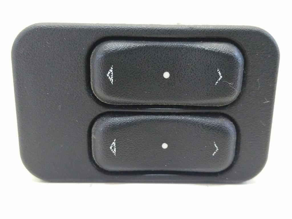 Opel Meriva A_Bj.05 orig. Schalter Fensterheber vorn links 2-Fach 13363202