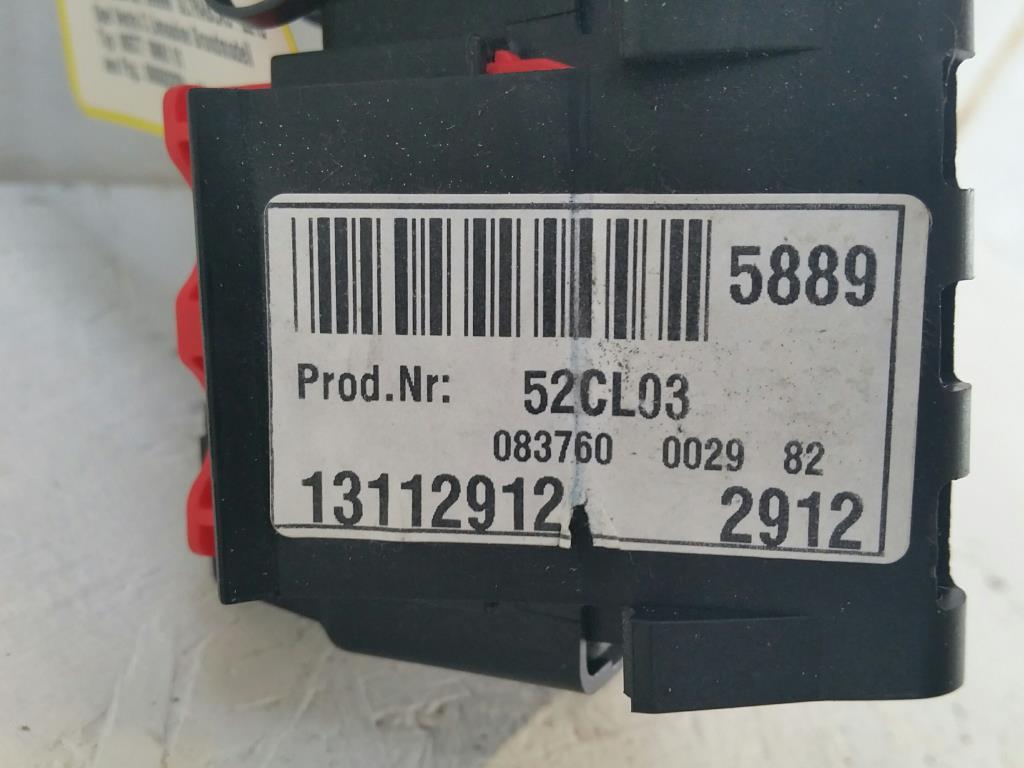 Opel Vectra C Bj.03 Zentralelektrik-Sicherungskasten 13112912